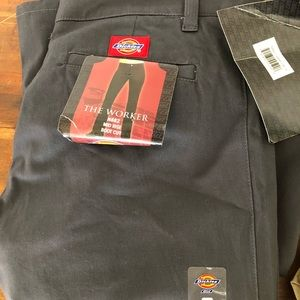 Dickies women's size 9 NWT charcoal